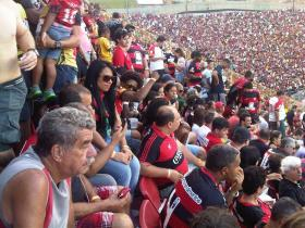 ECV X ATL PR BARRADÃO LOTADO-20121020-1657