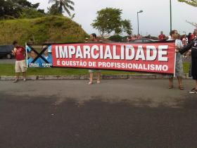 FAIXA PROTESTO ECV 3 X 2 - 20140315-1539.1